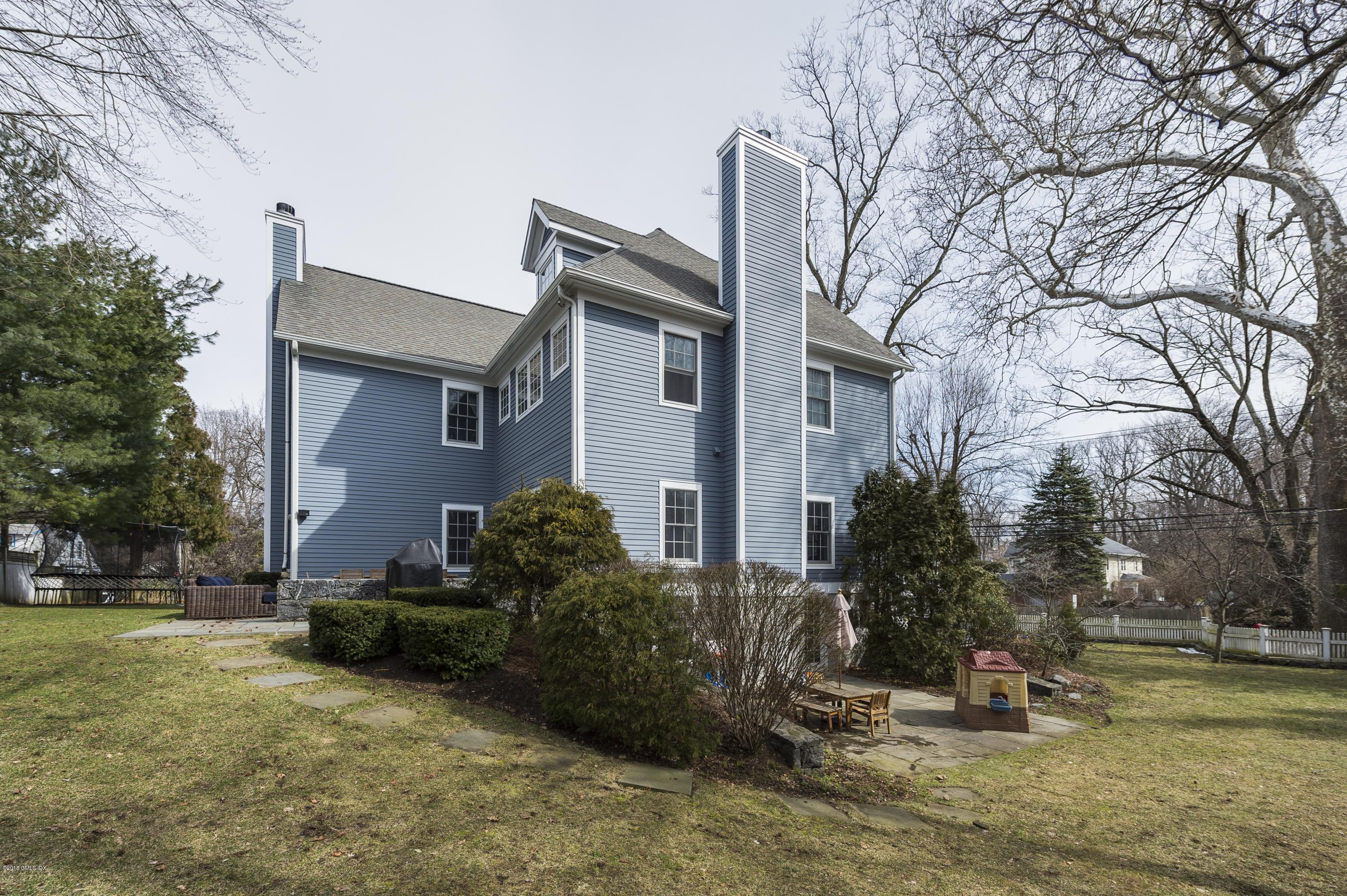 2 Buxton Lane, Riverside, CT 06878