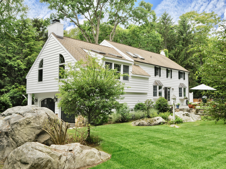 29 Indian Mill Road,Cos Cob,Connecticut 06807,3 Bedrooms Bedrooms,3 BathroomsBathrooms,Single family,Indian Mill,105259