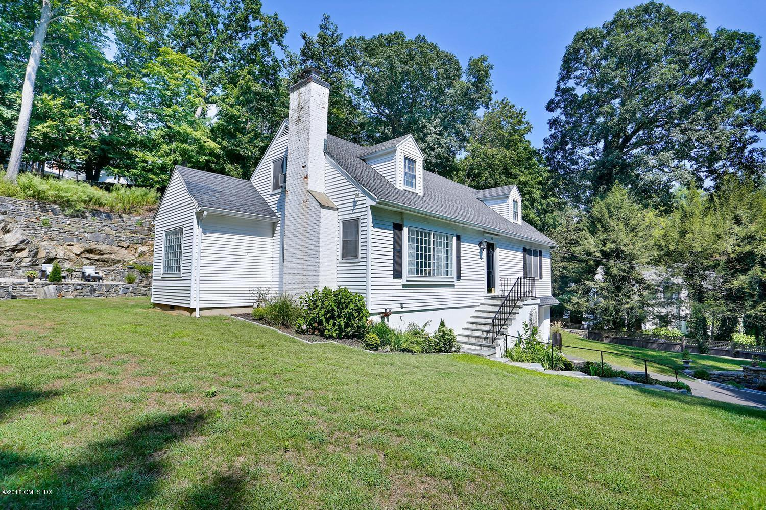 37 Fairway Lane, Greenwich, CT 06830