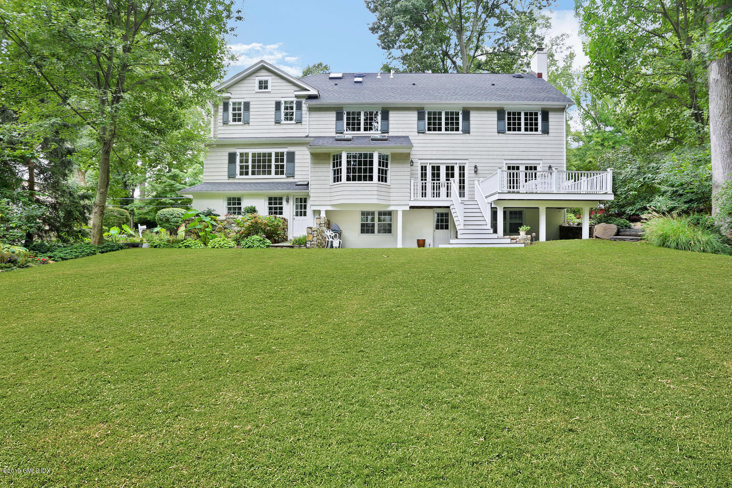 143 Overlook Drive, Greenwich, CT 06830