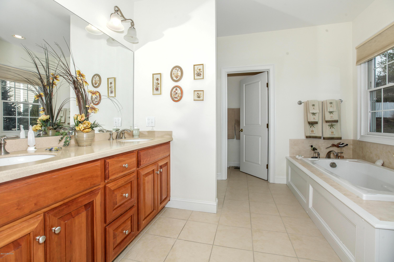 30 Great Heron Lane, #30, Brookfield, CT 06804