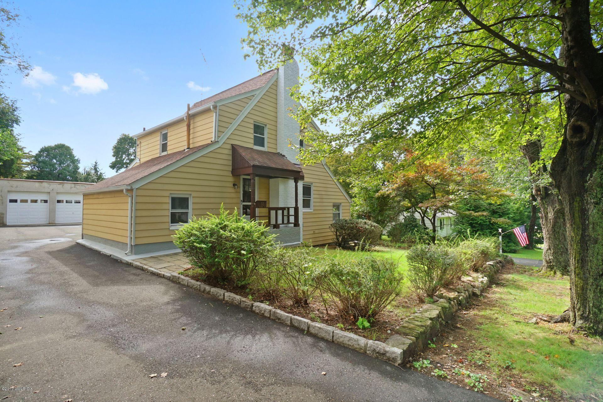 37 Hassake Road, Old Greenwich, CT 06870