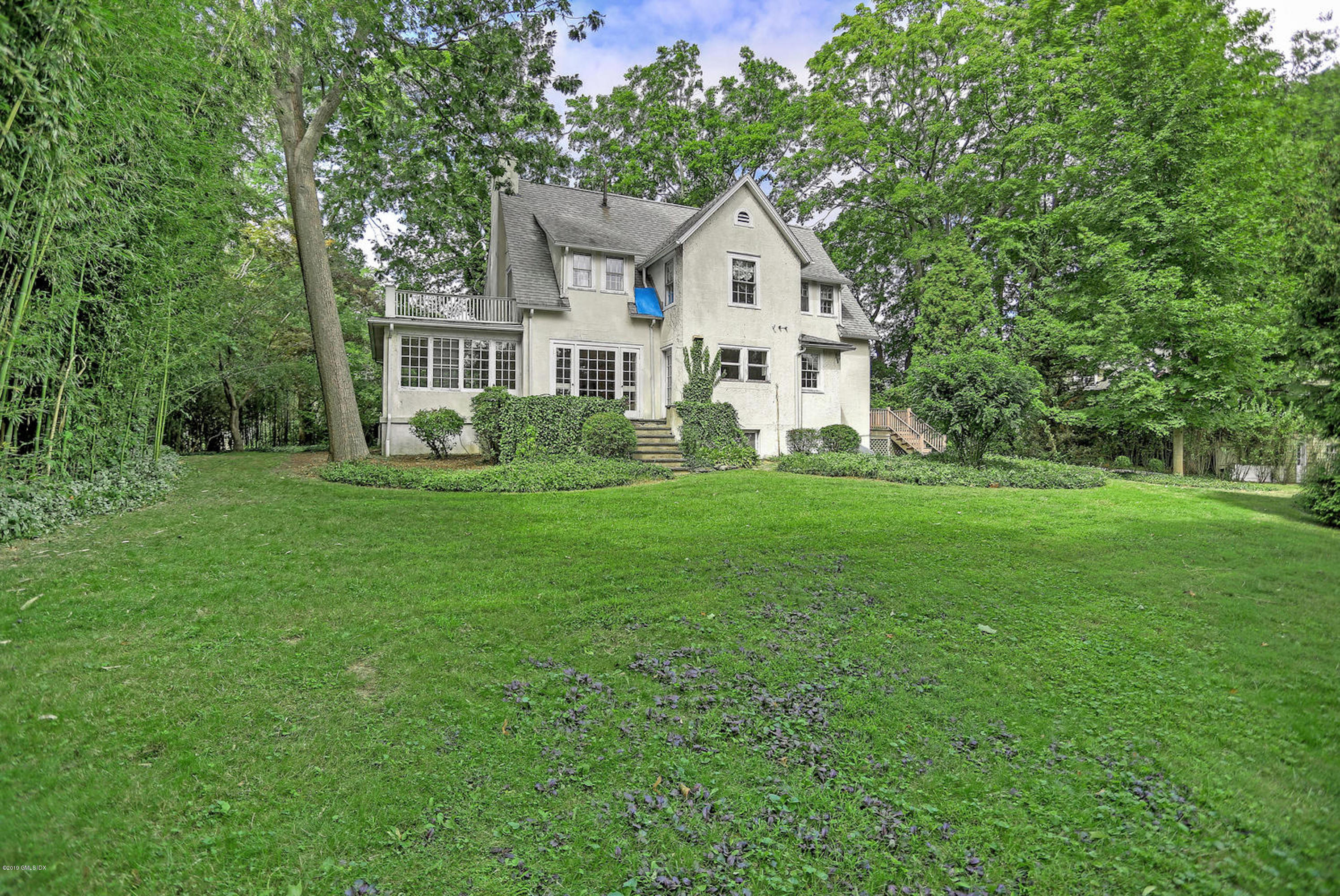 76 Shore Road, Old Greenwich, CT 06870