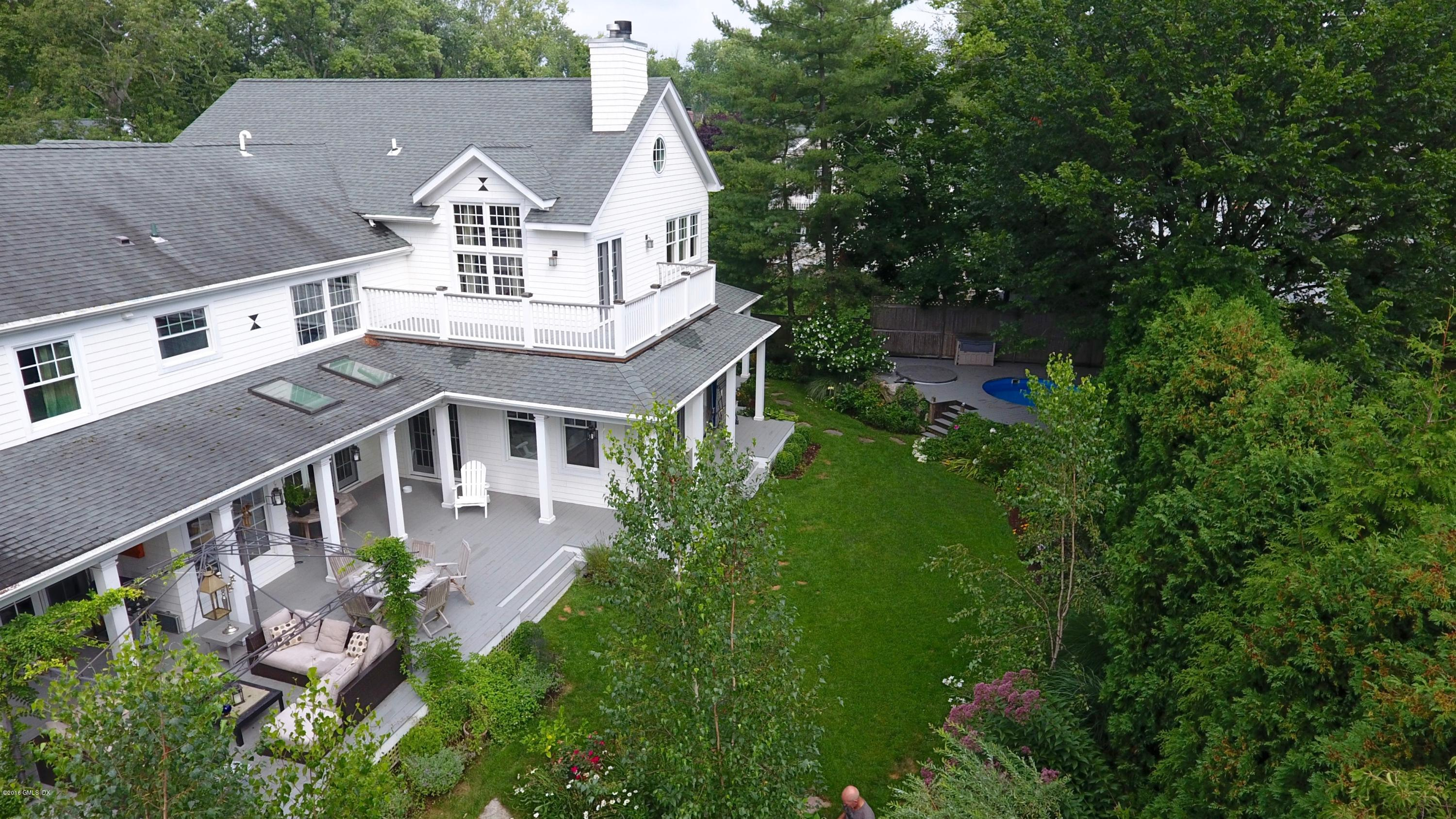 9 Grace Street, Old Greenwich, CT 06870