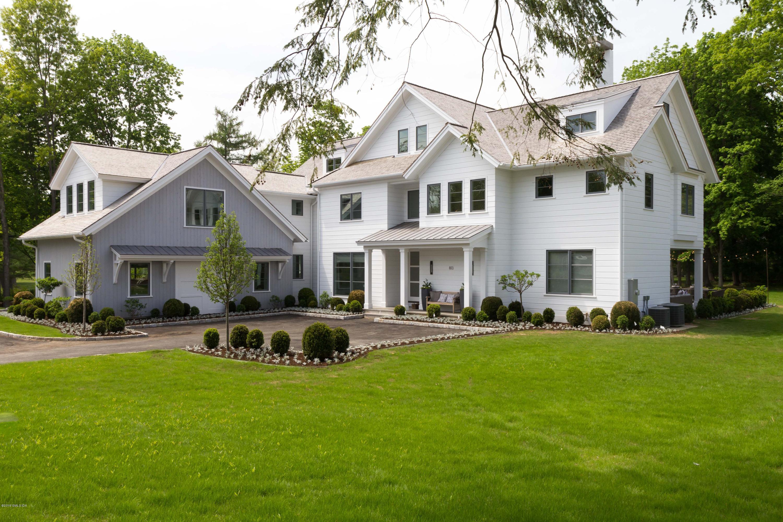 40 Aiken Road,Greenwich,Connecticut 06831,6 Bedrooms Bedrooms,6 BathroomsBathrooms,Single family,Aiken,104867