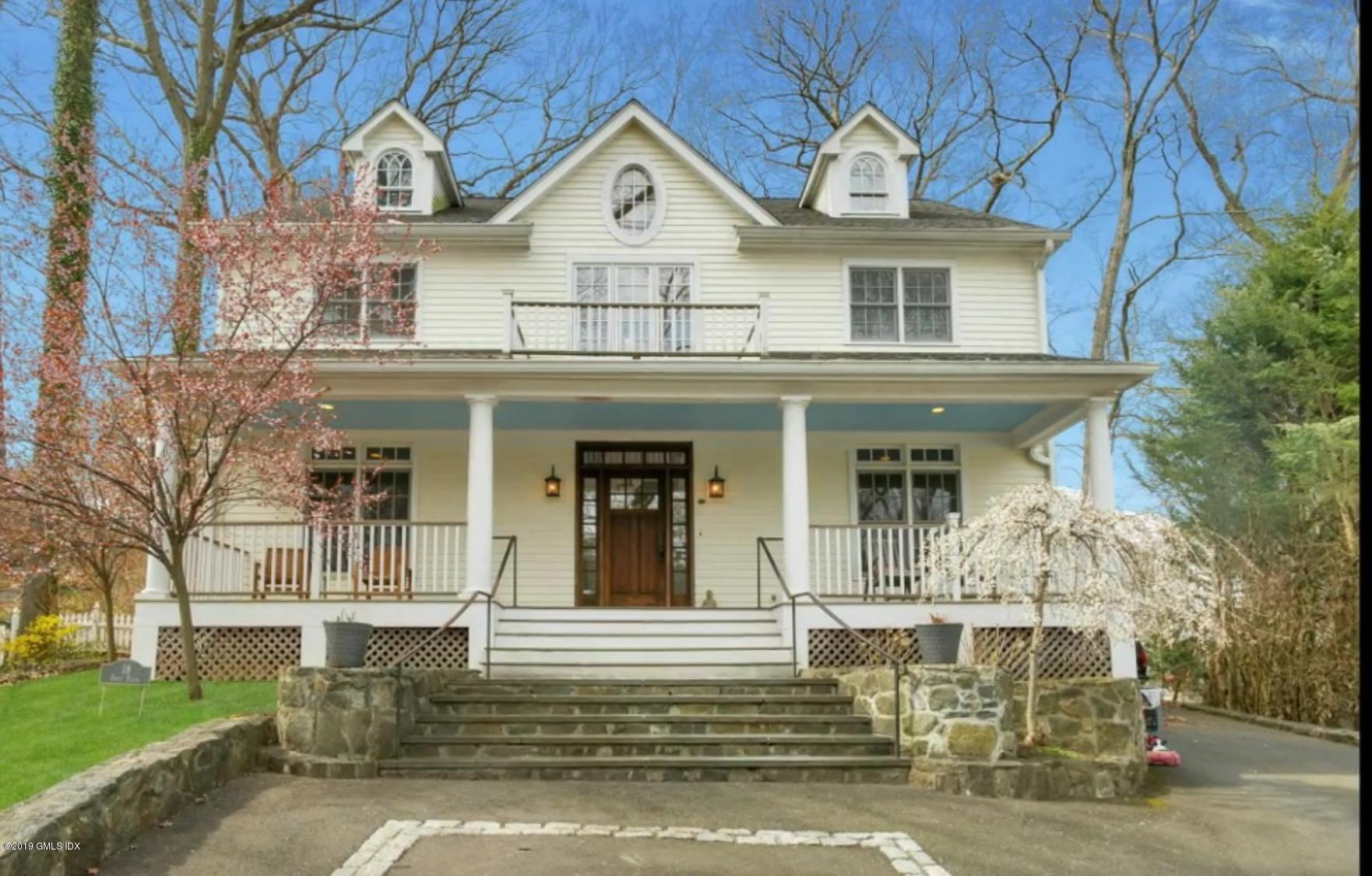 18 Osee Place, Cos Cob, CT 06807