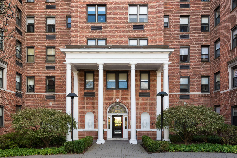 40 Elm Street,Greenwich,Connecticut 06830,2 Bedrooms Bedrooms,2 BathroomsBathrooms,Condominium,Elm,105389