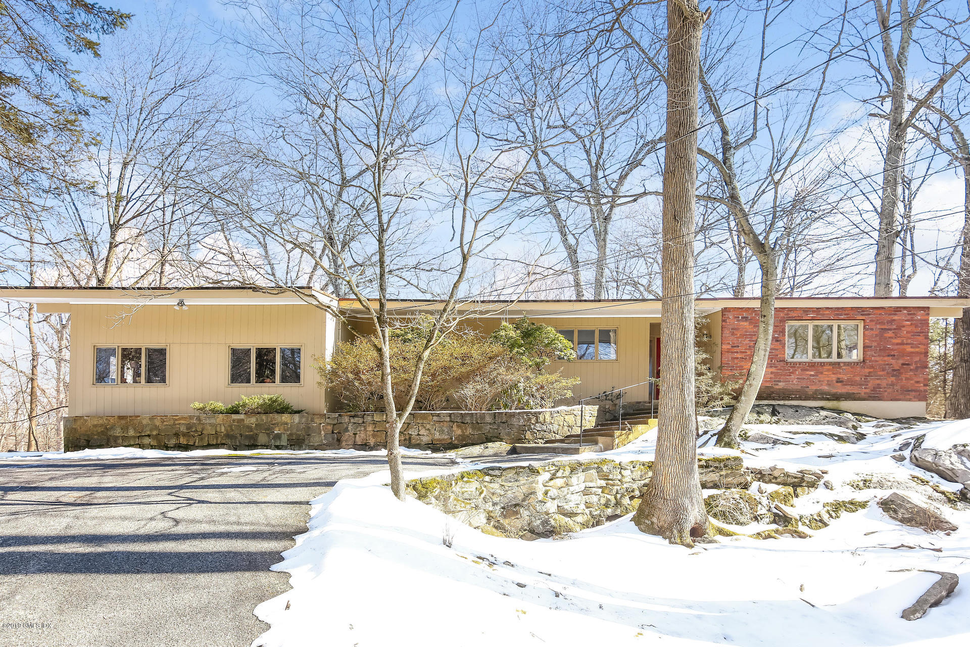 34 Montgomery Lane, Greenwich, CT 06830