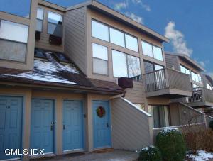 1465 E Putnam Avenue, 126, Old Greenwich, CT 06870