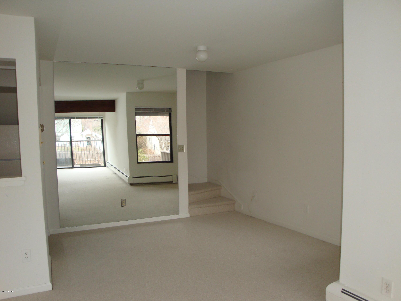 1465 E Putnam Avenue, #126, Old Greenwich, CT 06870