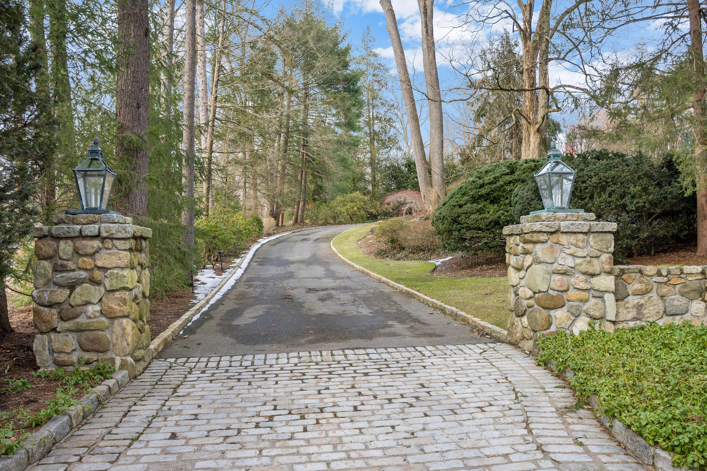 19 Andrews Road, Greenwich, CT 06830