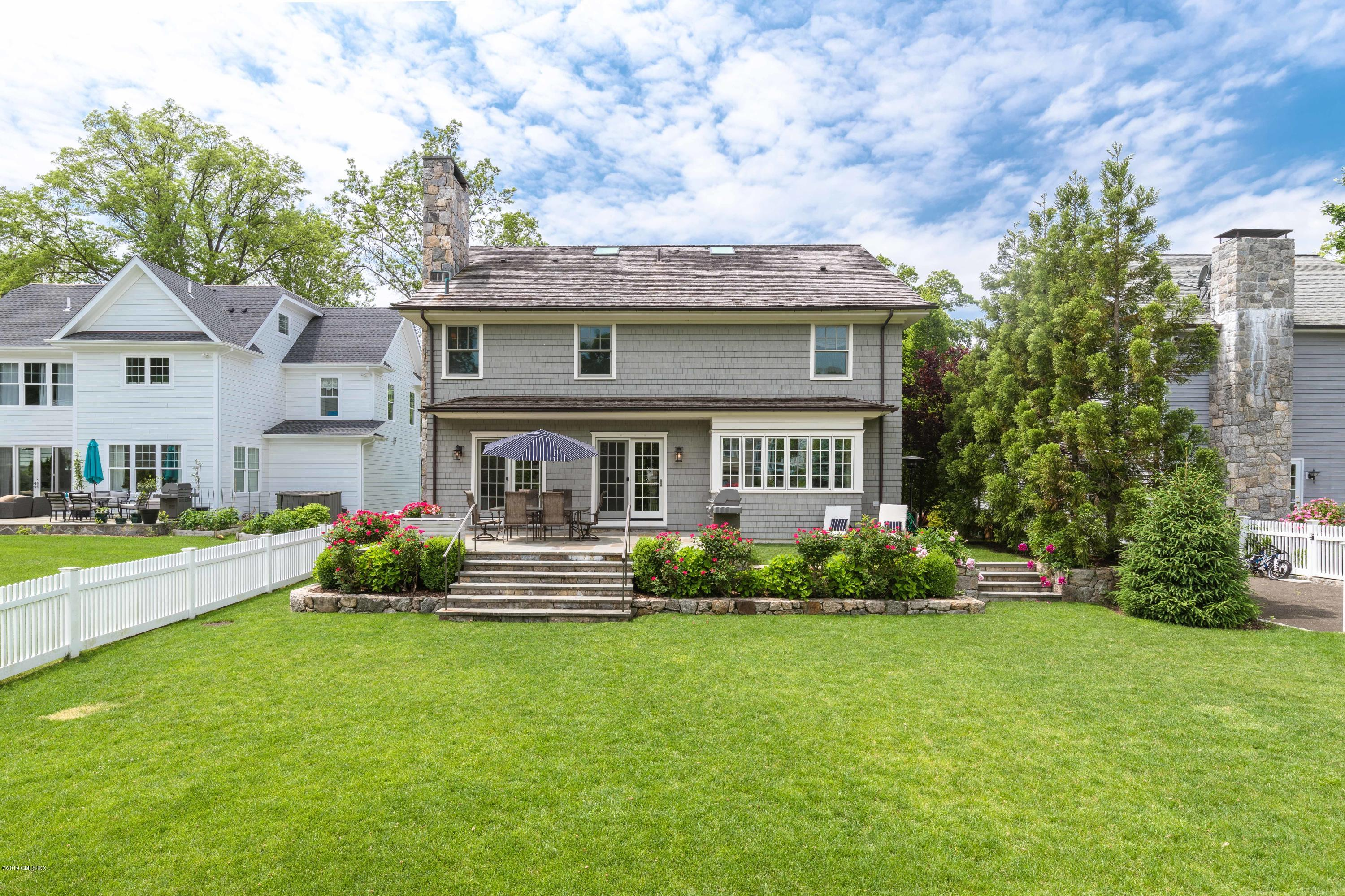 30 Park Avenue, Old Greenwich, CT 06870