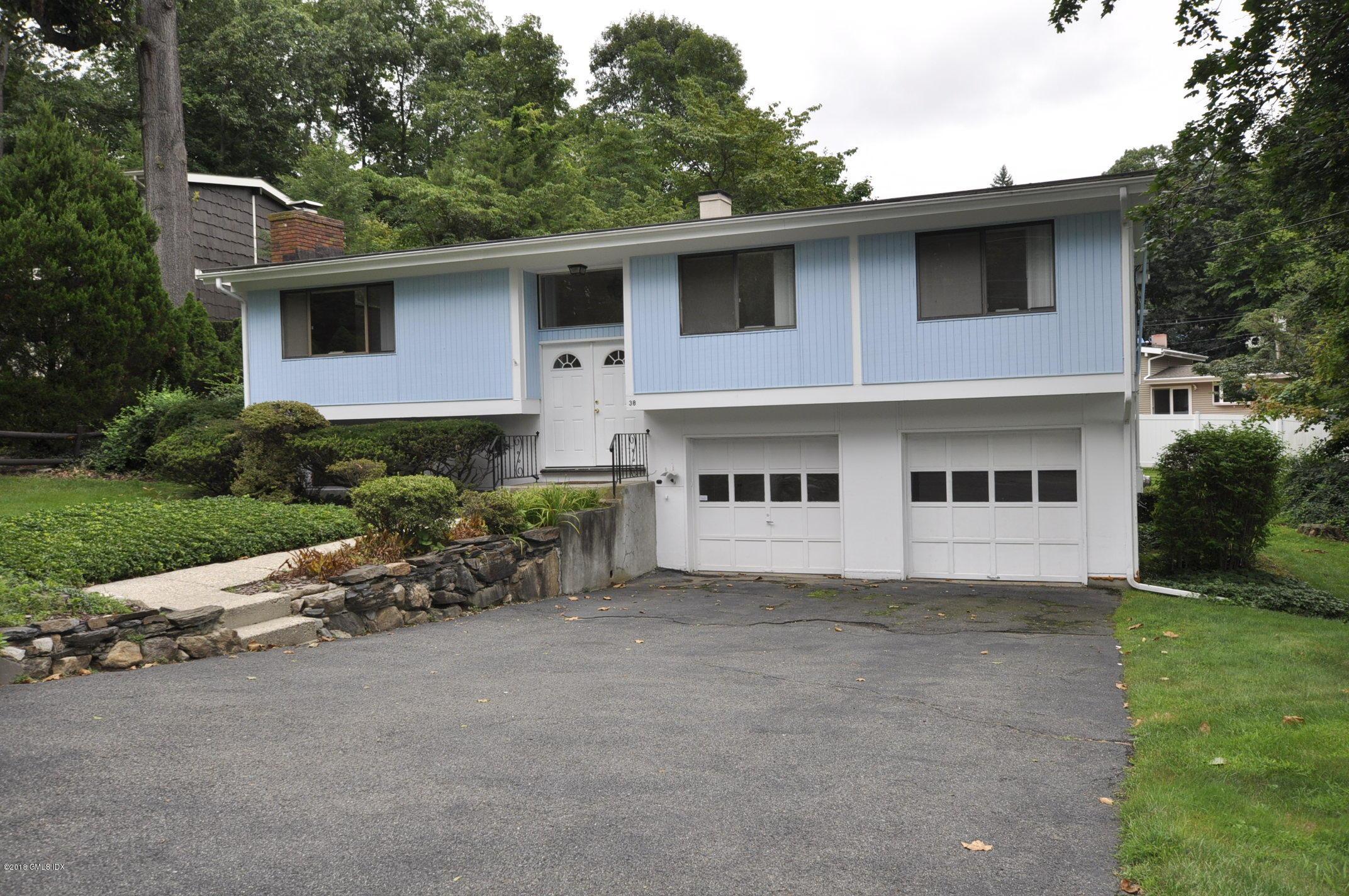 38 Crawford Terrace, Riverside, CT 06878