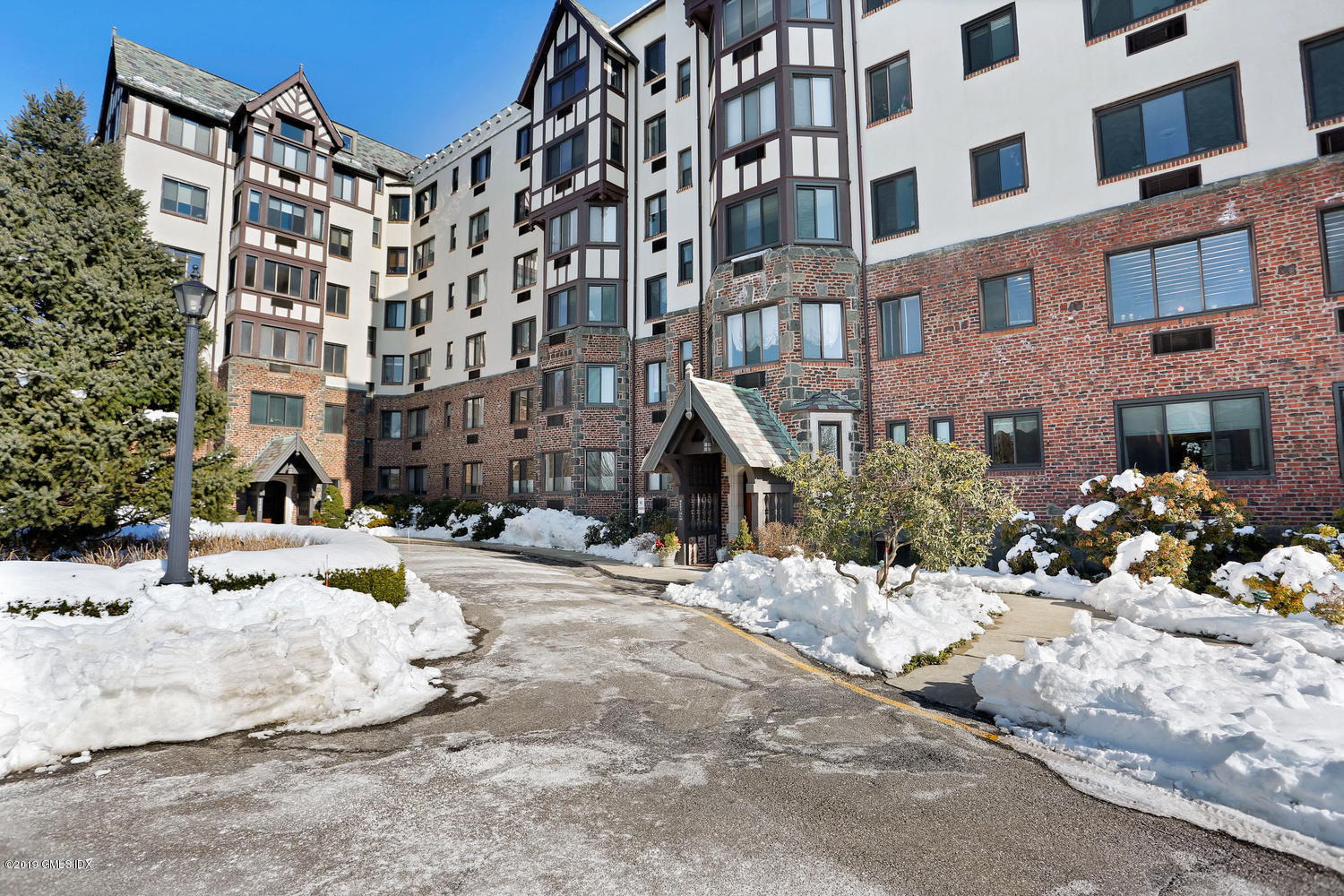 47 Lafayette Place, #5D, Greenwich, CT 06830