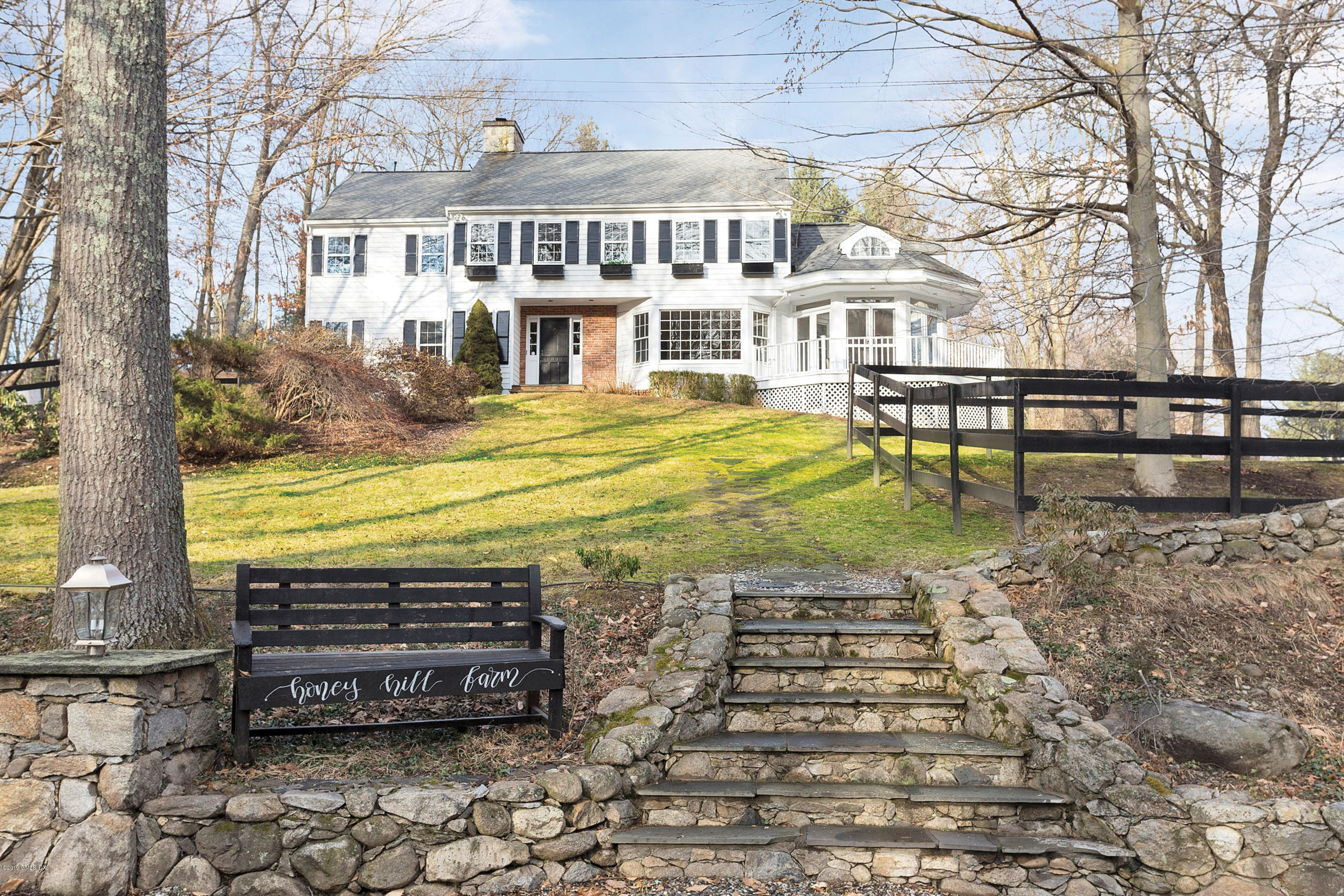101 Comstock Hill Road, New Canaan, CT 06840