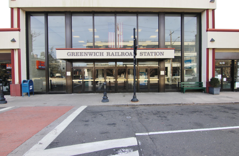 12 Greenwich Hills Drive, #12, Greenwich, CT 06831