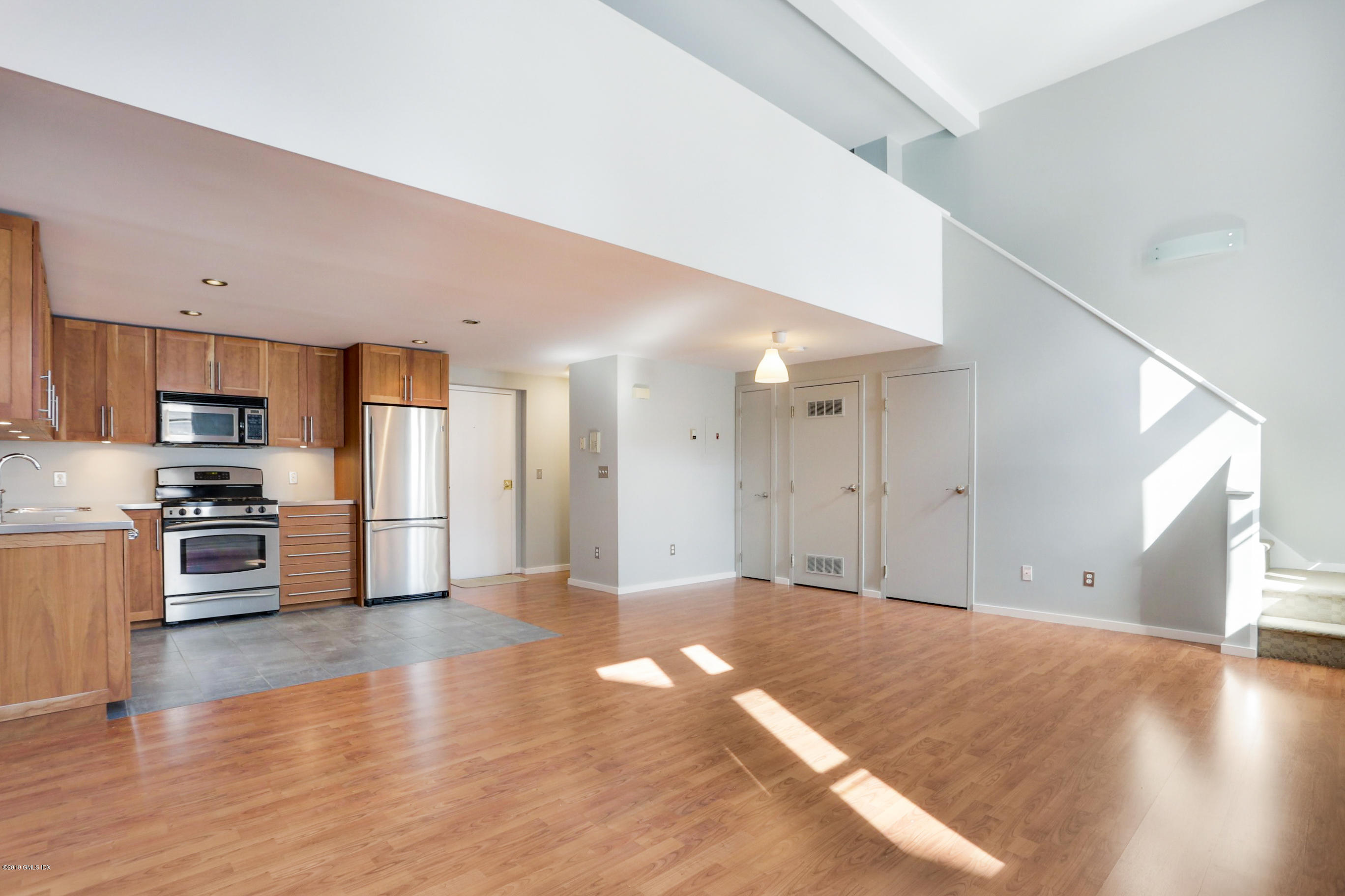 32 Pine Street, Norwalk, CT 06854