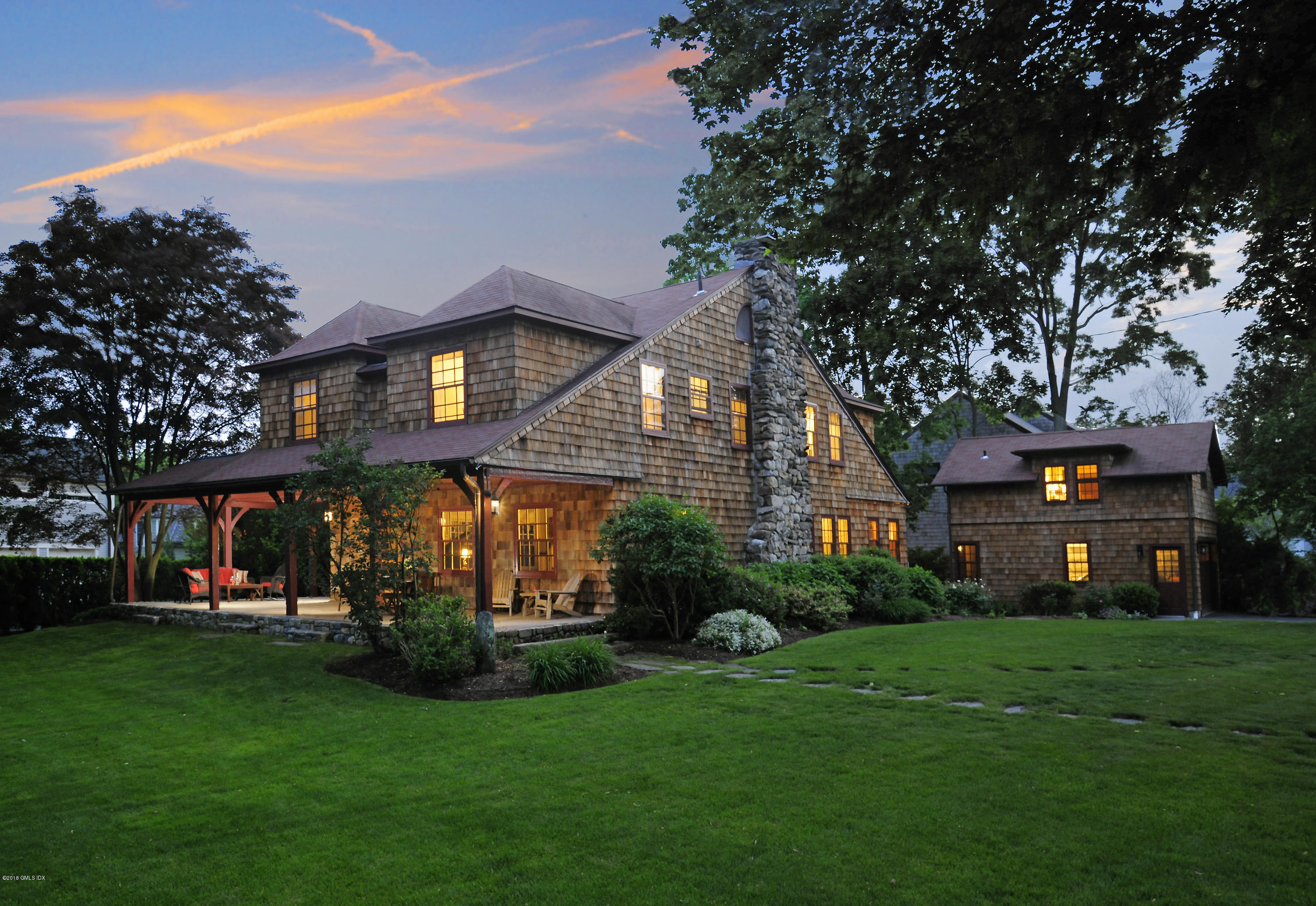 5 Ledge Road, Old Greenwich, CT 06870