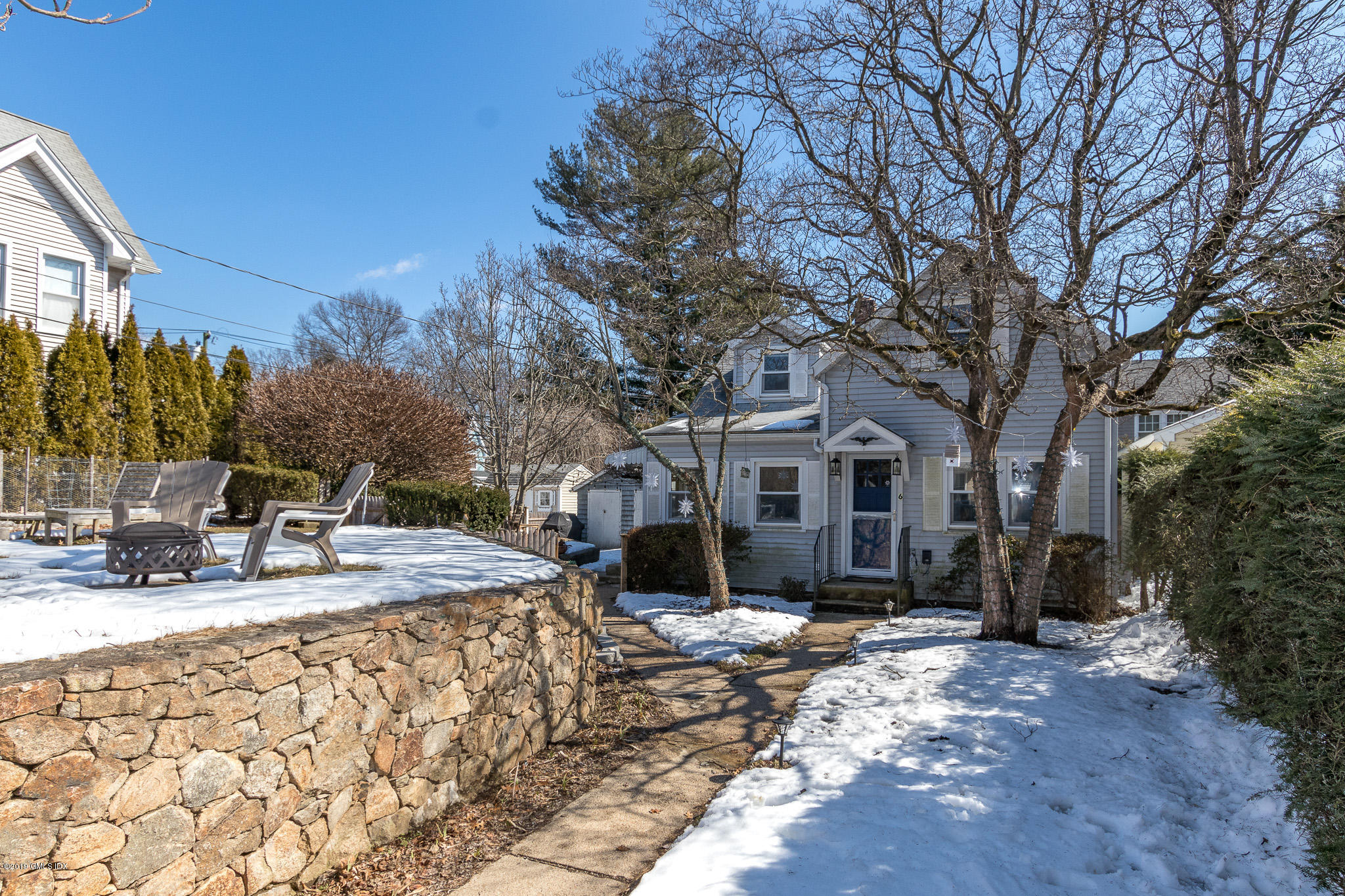 6 Rockland Place, Old Greenwich, CT 06870