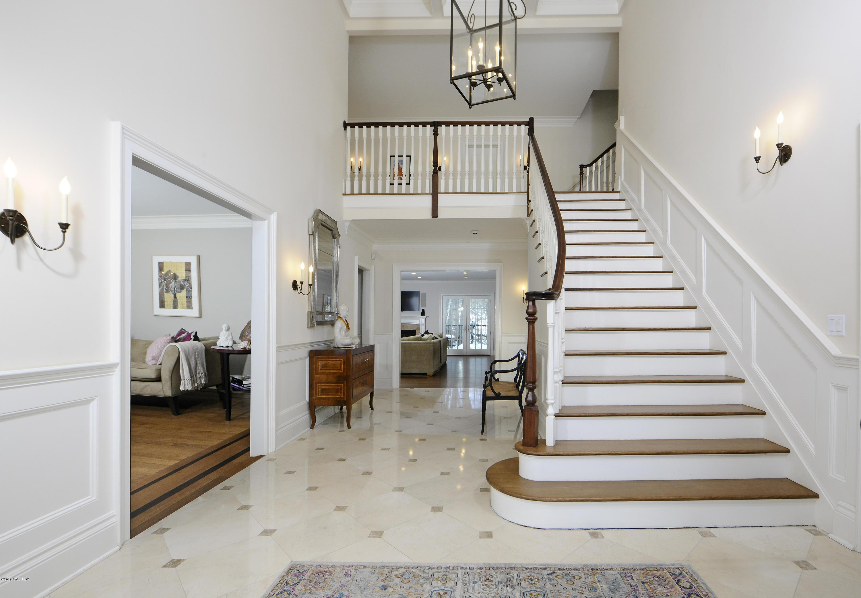 35 Beechcroft Road,Greenwich,Connecticut 06830,6 Bedrooms Bedrooms,6 BathroomsBathrooms,Single family,Beechcroft,105831