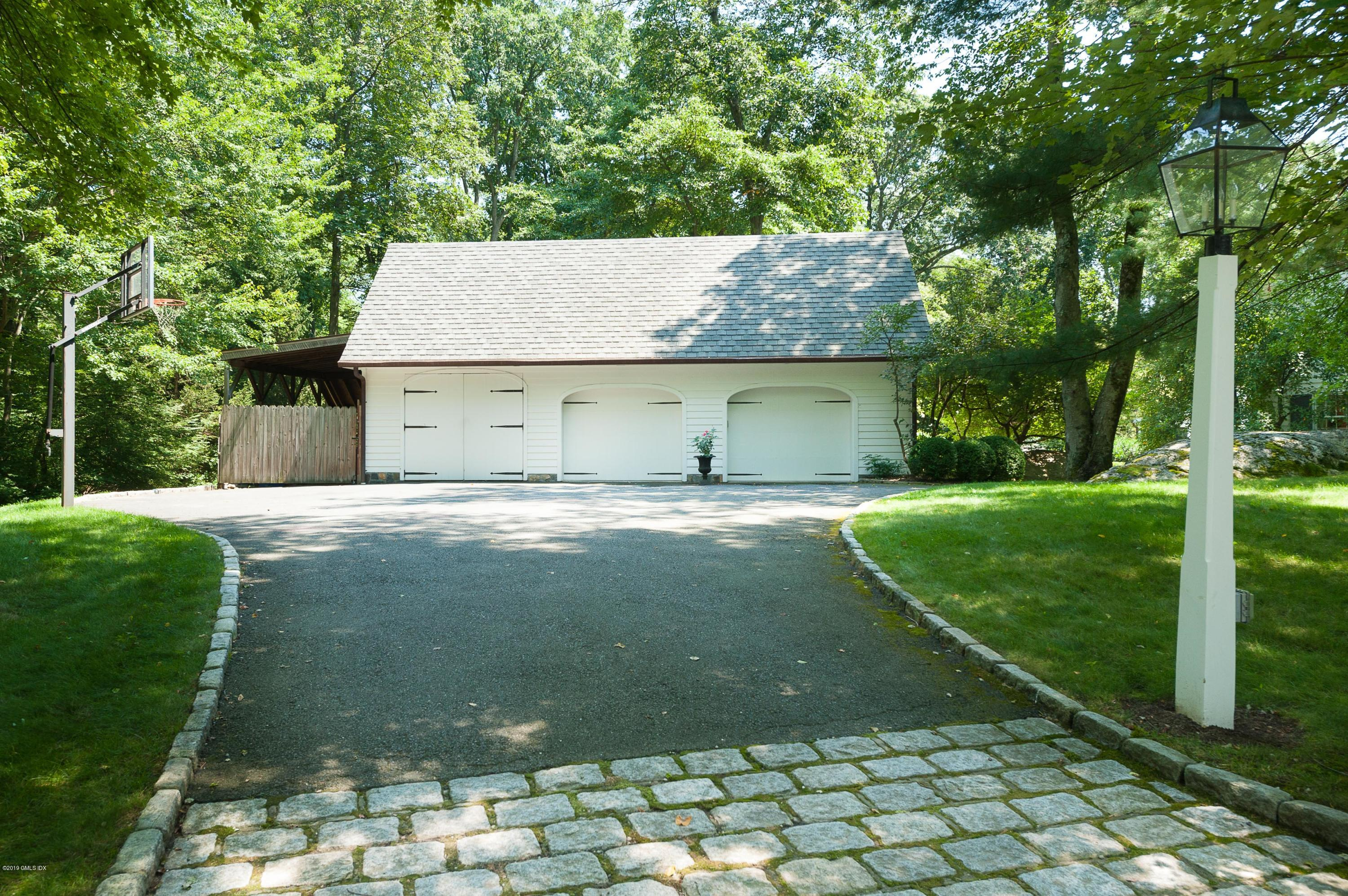 1 Old Forge Road,Greenwich,Connecticut 06830,4 Bedrooms Bedrooms,4 BathroomsBathrooms,Single family,Old Forge,105789