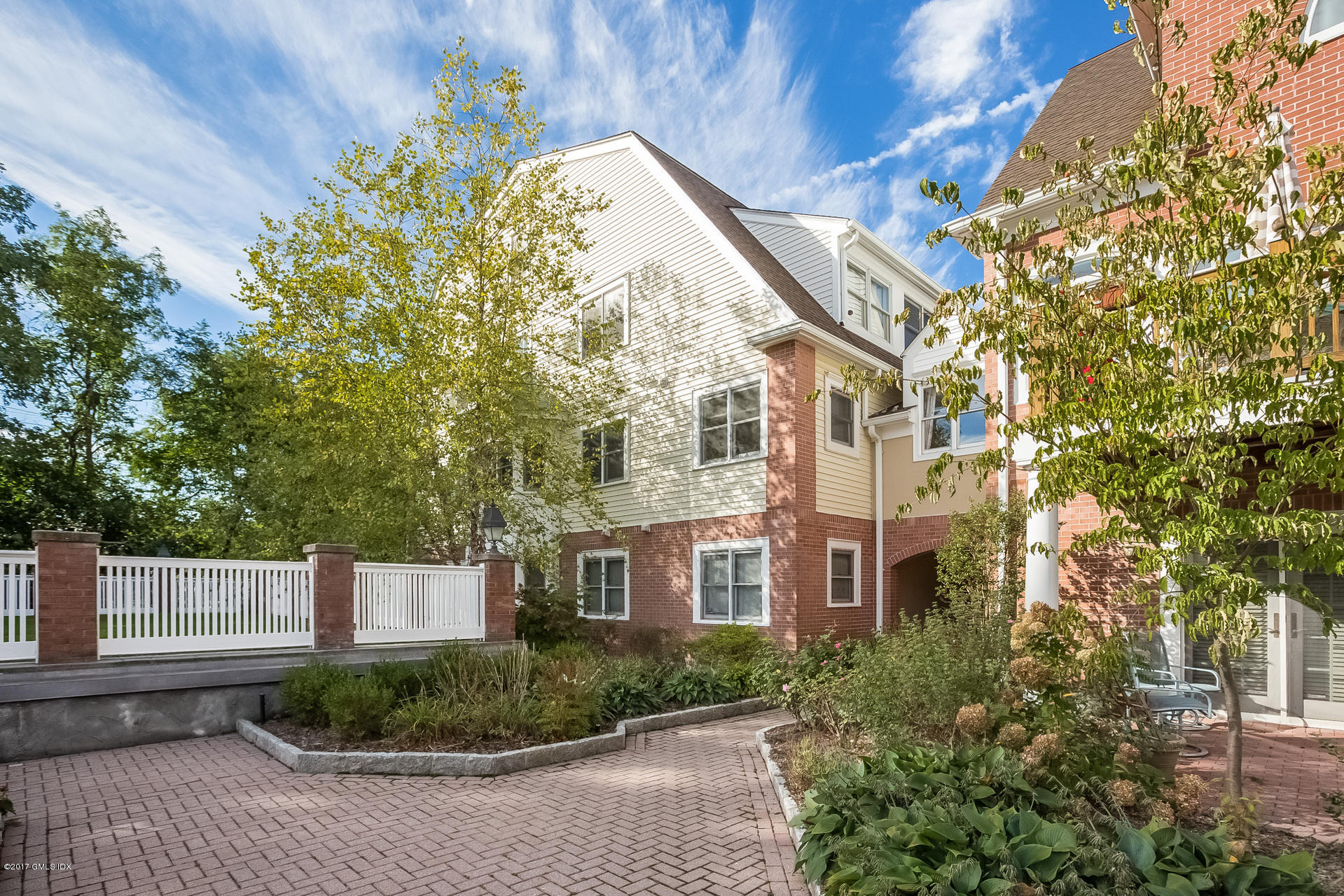 51 Forest Avenue,Old Greenwich,Connecticut 06870,2 Bedrooms Bedrooms,2 BathroomsBathrooms,Condominium,Forest,105833