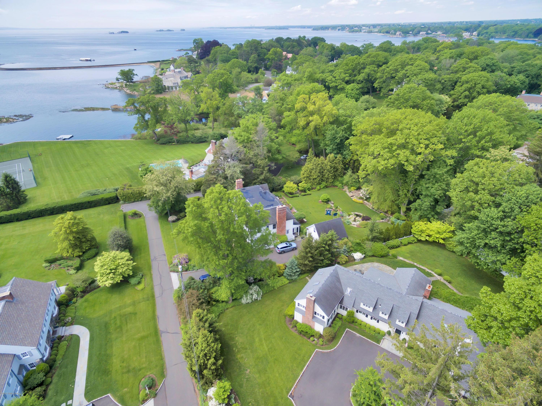 70 Cedar Cliff Road,Riverside,Connecticut 06878,5 Bedrooms Bedrooms,3 BathroomsBathrooms,Single family,Cedar Cliff,105846