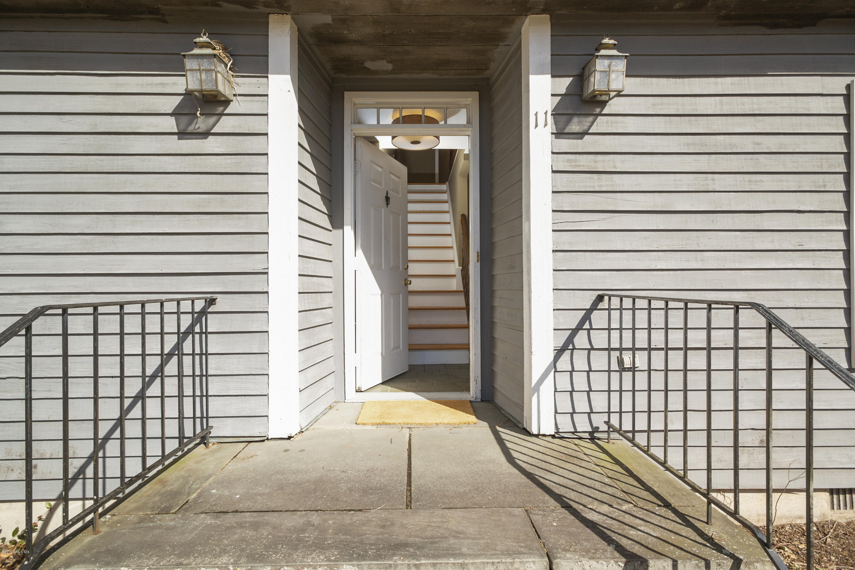 11 Top Gallant Road, Stamford, CT 06902