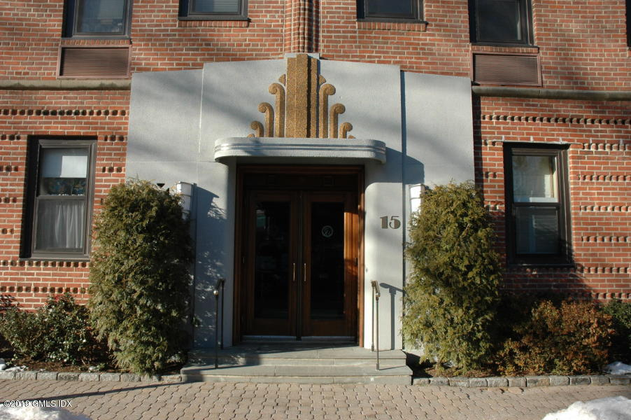 15 Lafayette Court, #1B, Greenwich, CT 06830