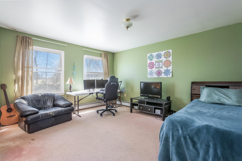 24 Carpenters Brook Road, Greenwich, CT 06831