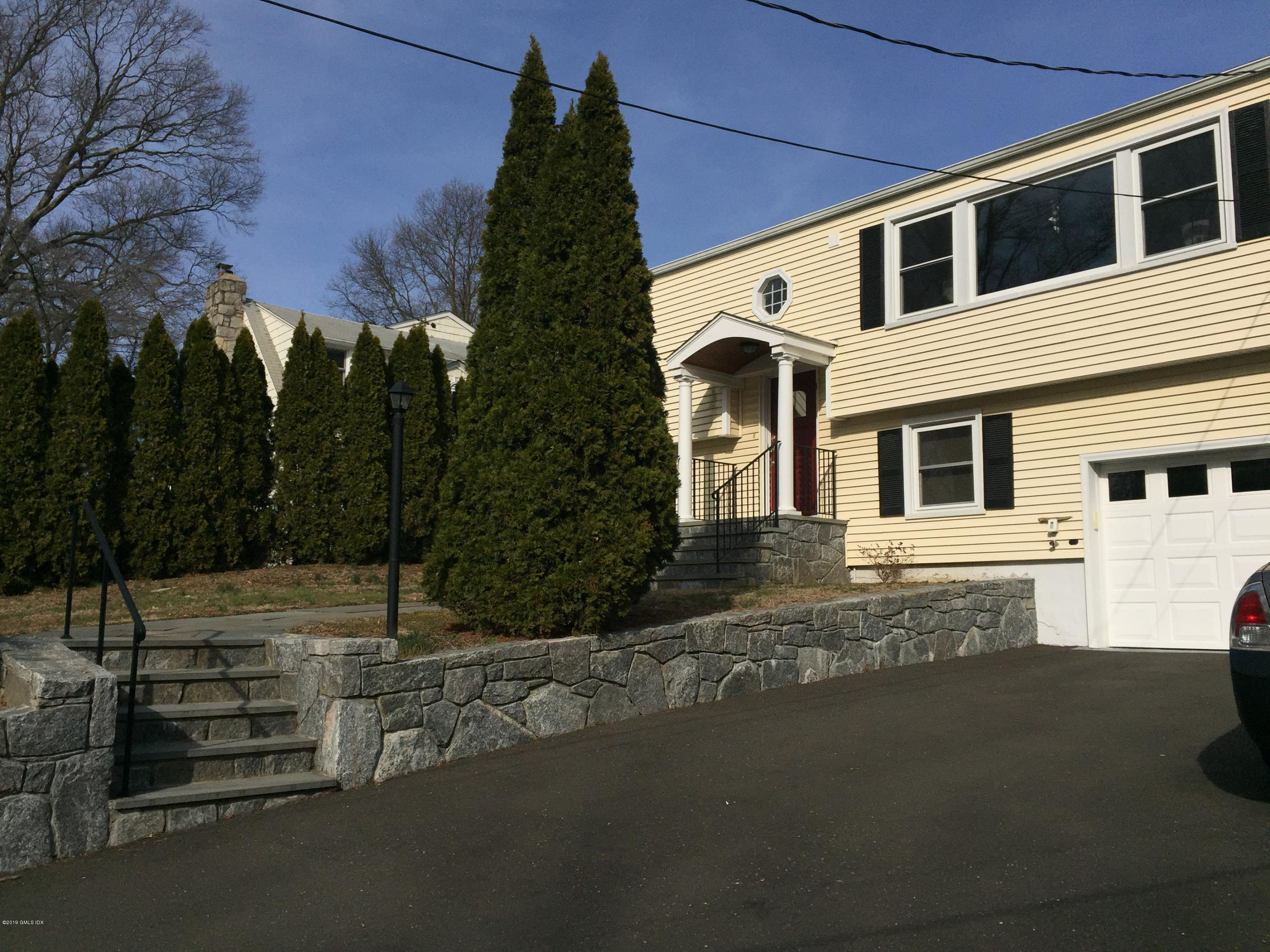 29 Westview Place, Riverside, CT 06878