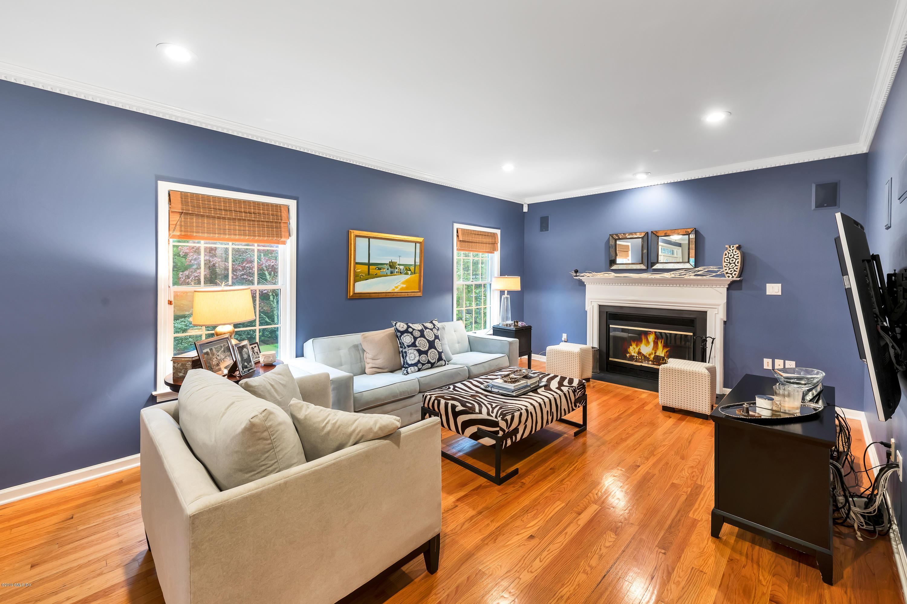 8 Rustic View Road, Greenwich, CT 06830