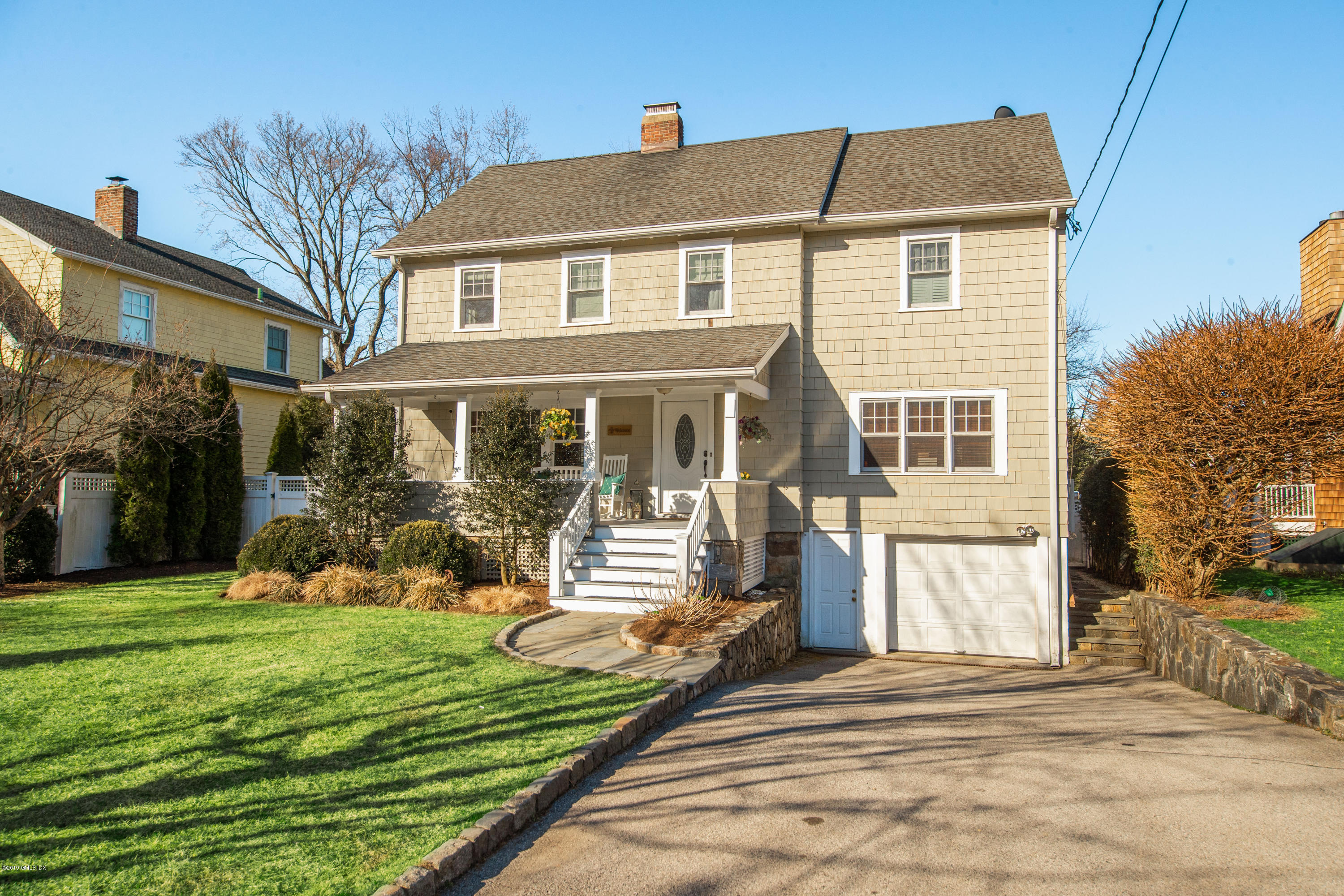 17 Park Avenue, Old Greenwich, CT 06870