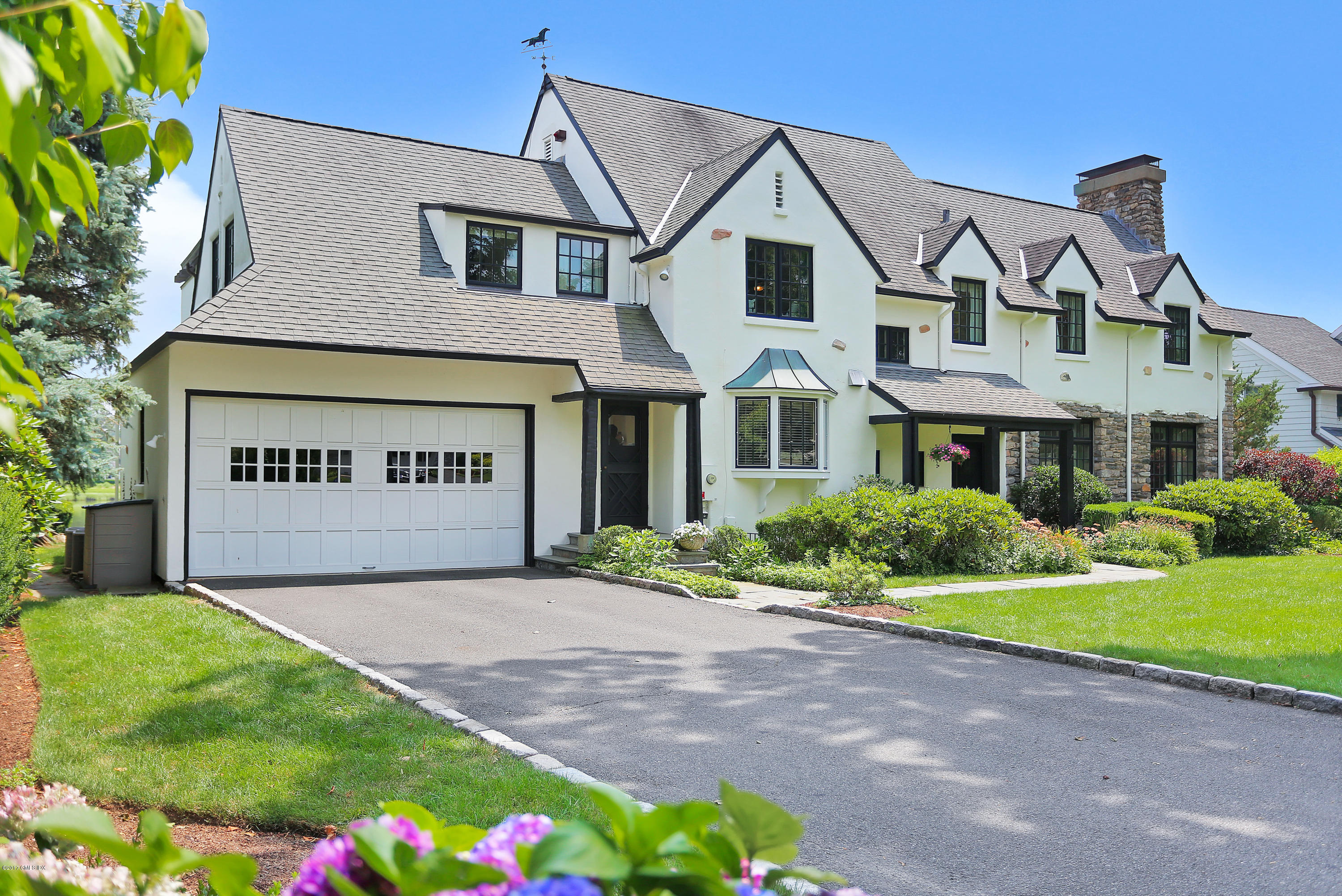 33 Willowmere Circle,Riverside,Connecticut 06878,5 Bedrooms Bedrooms,3 BathroomsBathrooms,Single family,Willowmere,106016