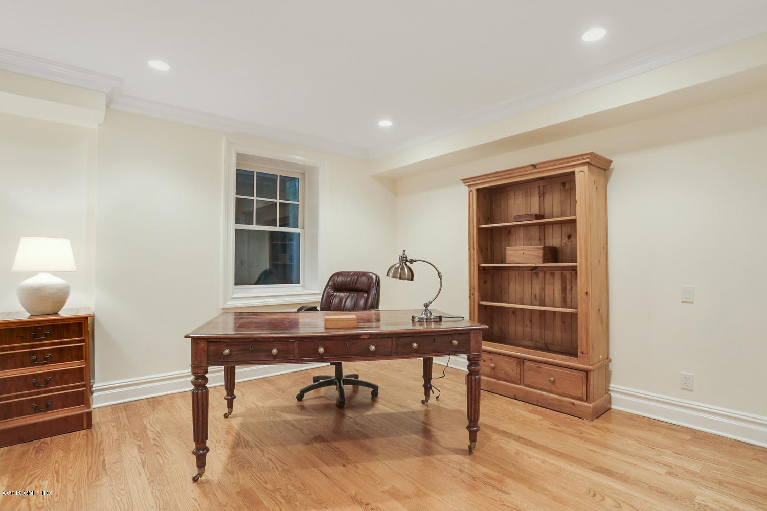 2 Tomac Court, Old Greenwich, CT 06870