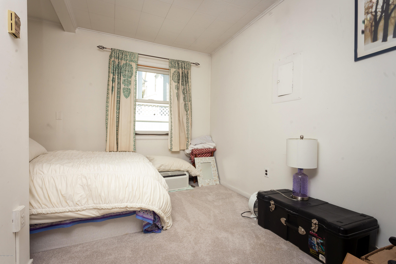 88 Milbank Avenue, Greenwich, CT 06830