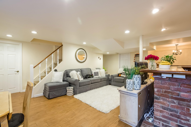 15 Somerset Lane,Riverside,Connecticut 06878,4 Bedrooms Bedrooms,3 BathroomsBathrooms,Single family,Somerset,106037