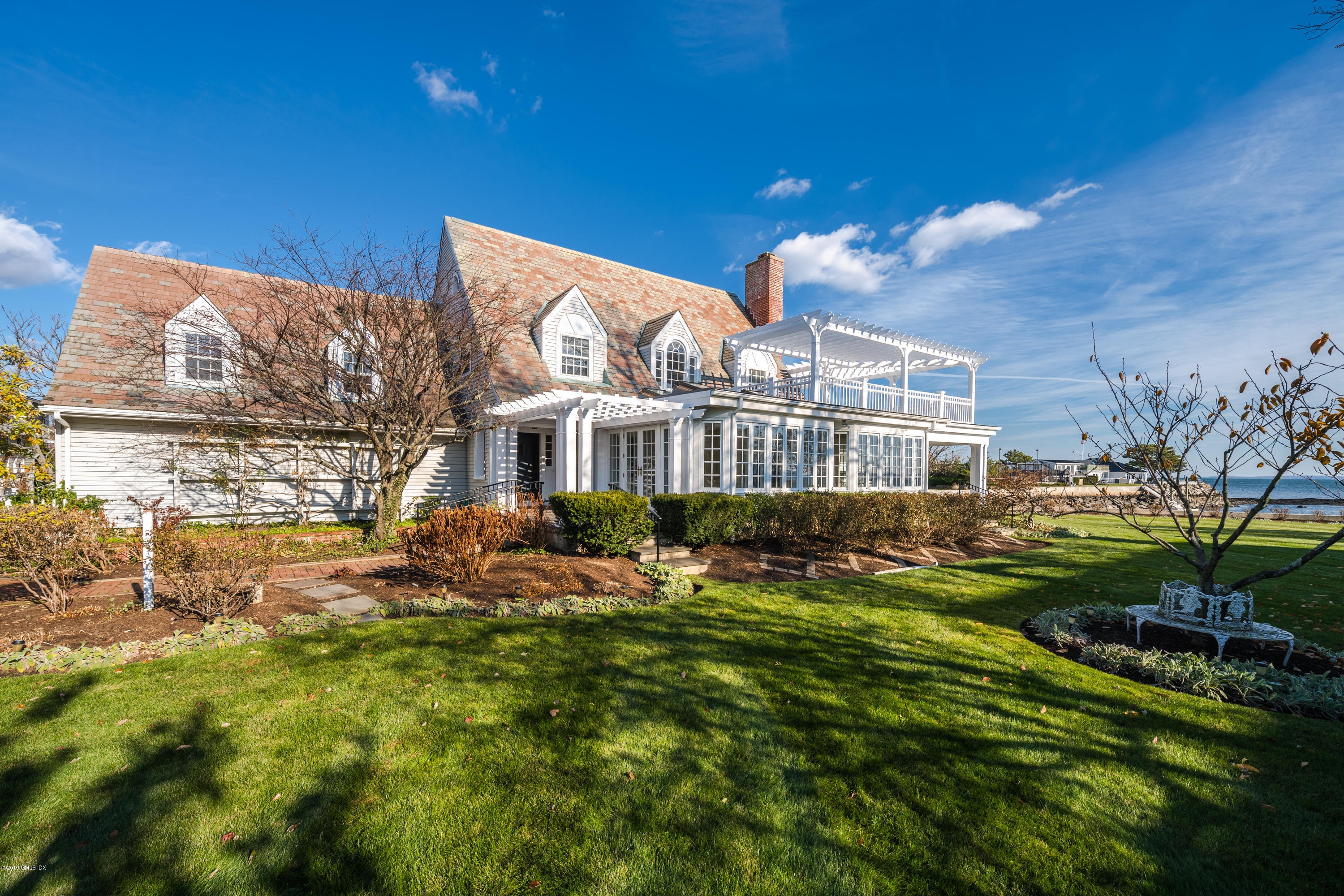 198 Shore Road, Old Greenwich, CT 06870