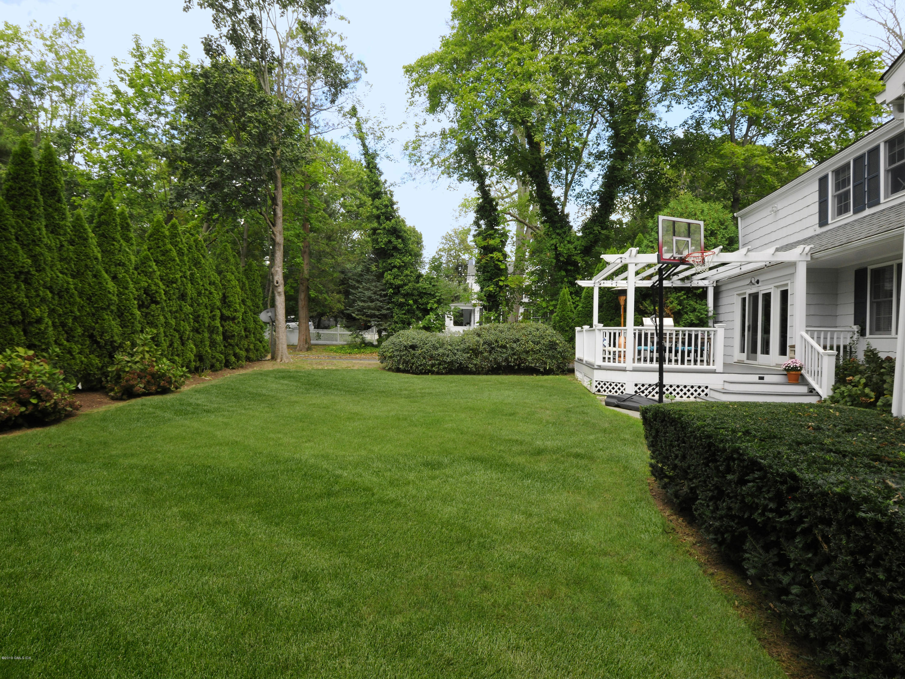 145 Shore Road, Old Greenwich, CT 06870