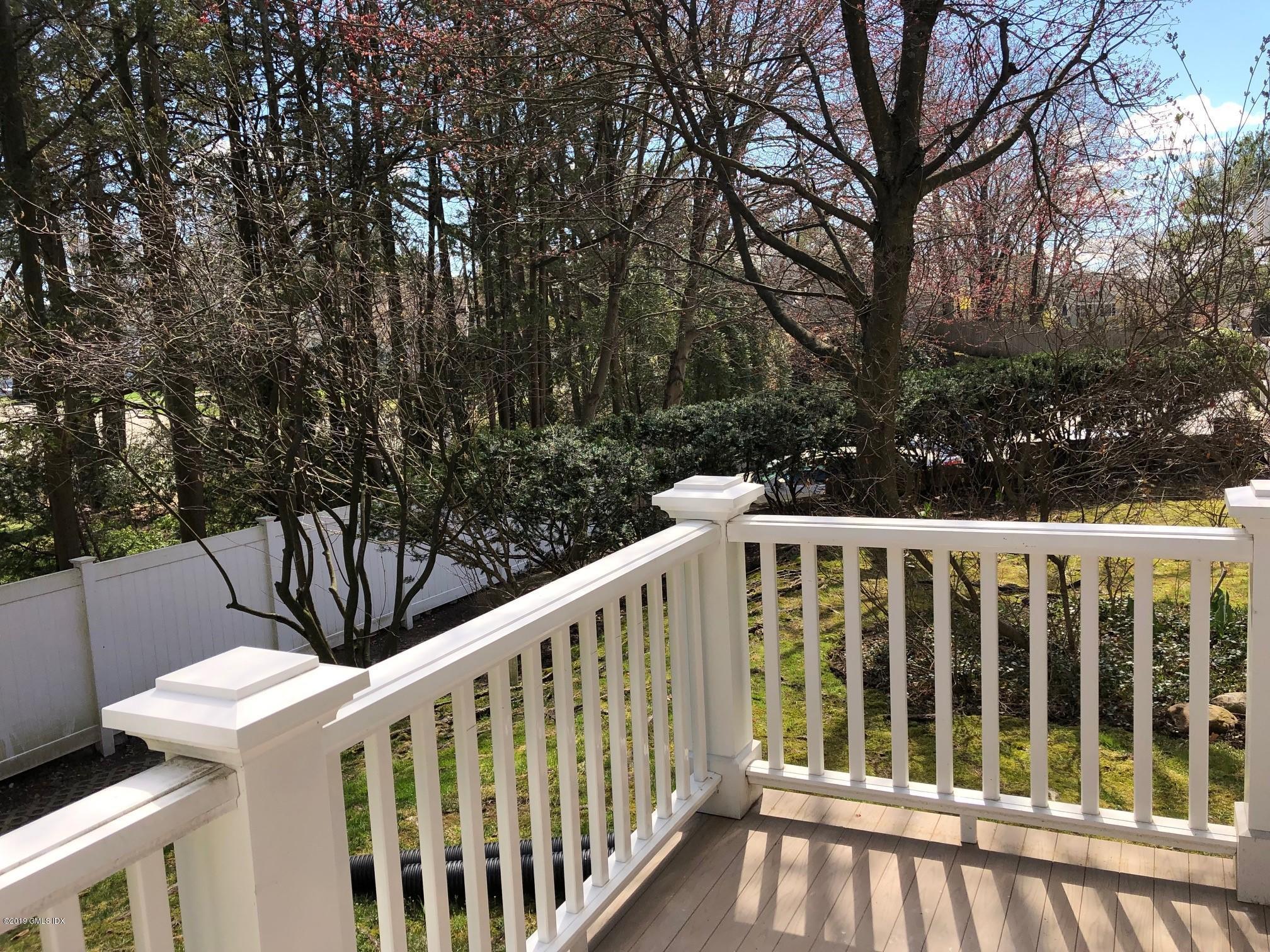 453 Putnam Avenue,Cos Cob,Connecticut 06807,2 Bedrooms Bedrooms,2 BathroomsBathrooms,Condominium,Putnam,106183