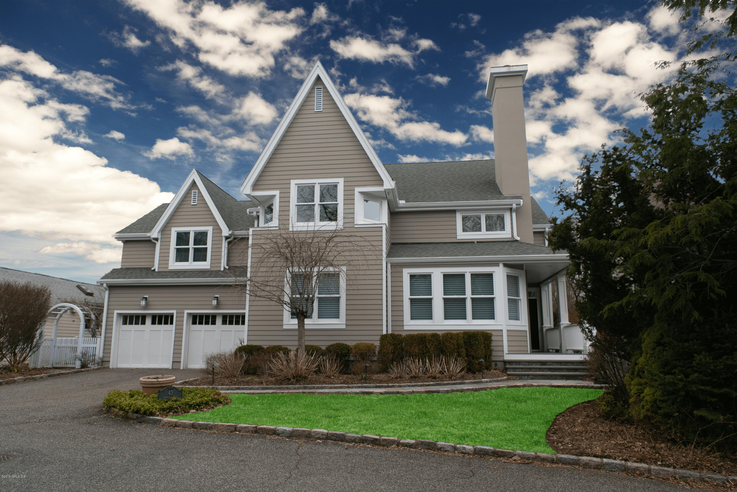 43 Harding Road,Old Greenwich,Connecticut 06870,5 Bedrooms Bedrooms,4 BathroomsBathrooms,Single family,Harding,105310
