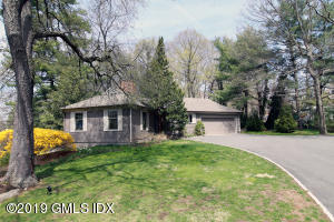 35 Meadow Wood Drive, Greenwich, CT 06830