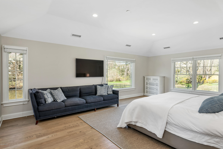 26 Twin Lakes Lane,Riverside,Connecticut 06878,6 Bedrooms Bedrooms,5 BathroomsBathrooms,Single family,Twin Lakes,106091