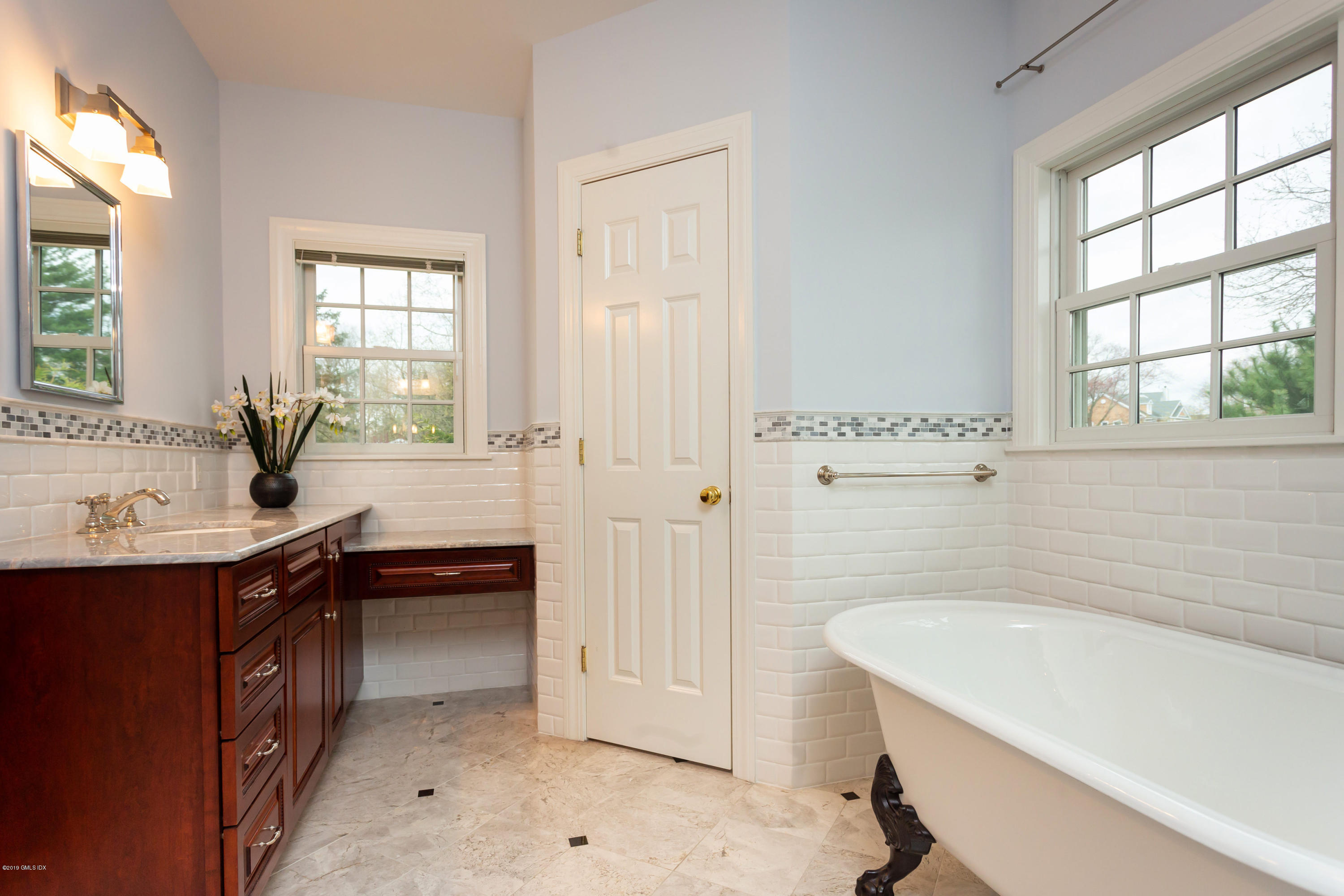 11 Tory Road,Riverside,Connecticut 06878,4 Bedrooms Bedrooms,3 BathroomsBathrooms,Single family,Tory,106241
