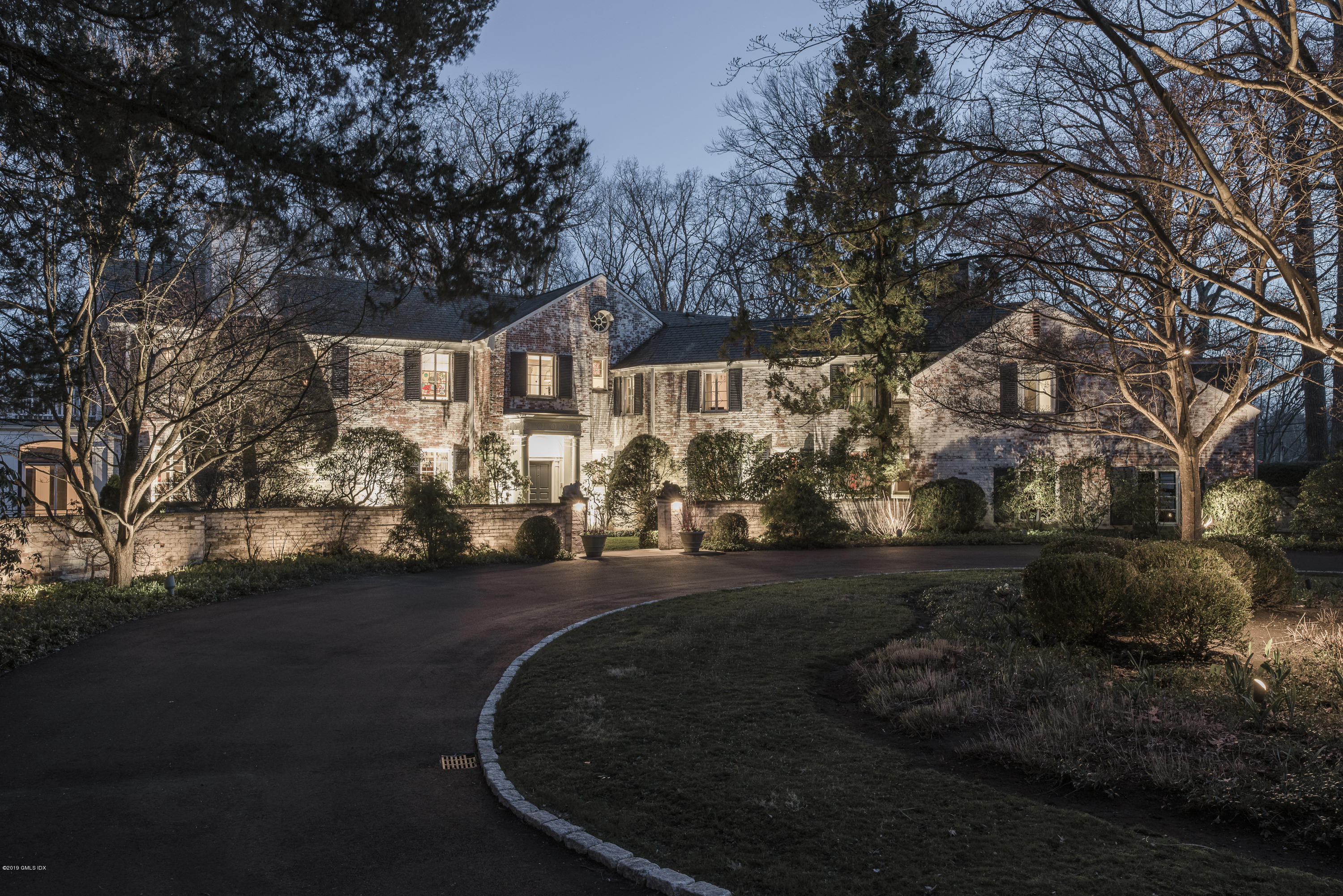 82 Brookwood Lane New Canaan, CT 06840
