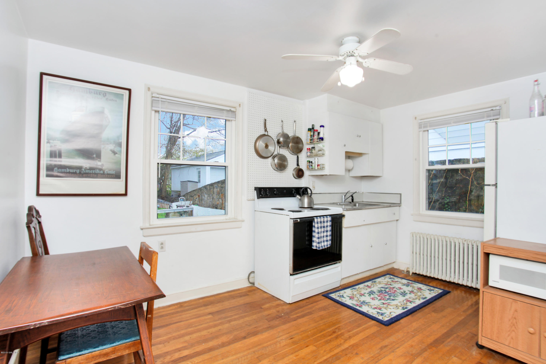 191 Hobart Avenue, Greenwich, CT 06831