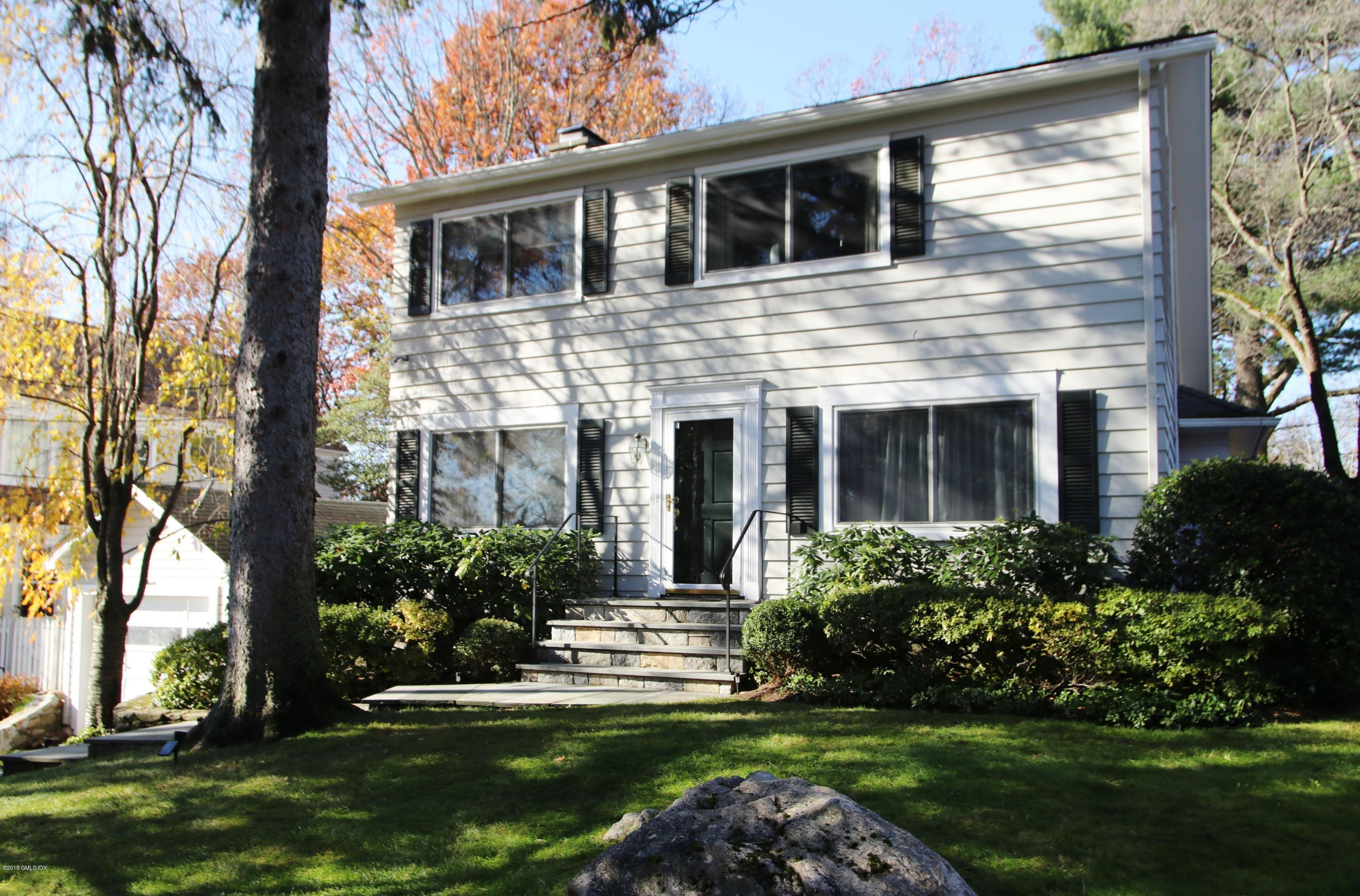 10 Ridge Road, Cos Cob, CT 06807