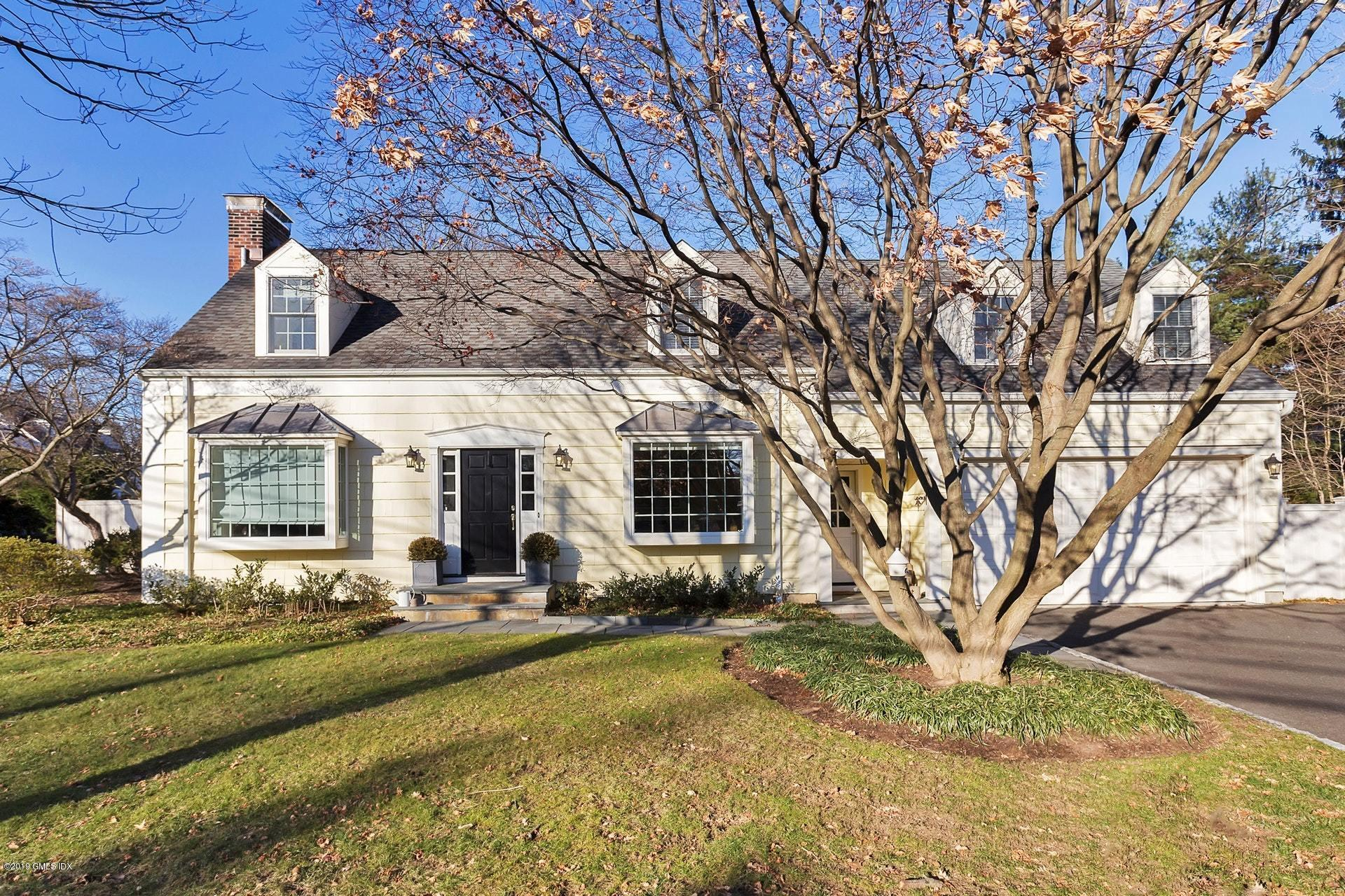111 Lockwood Road, Riverside, CT 06878