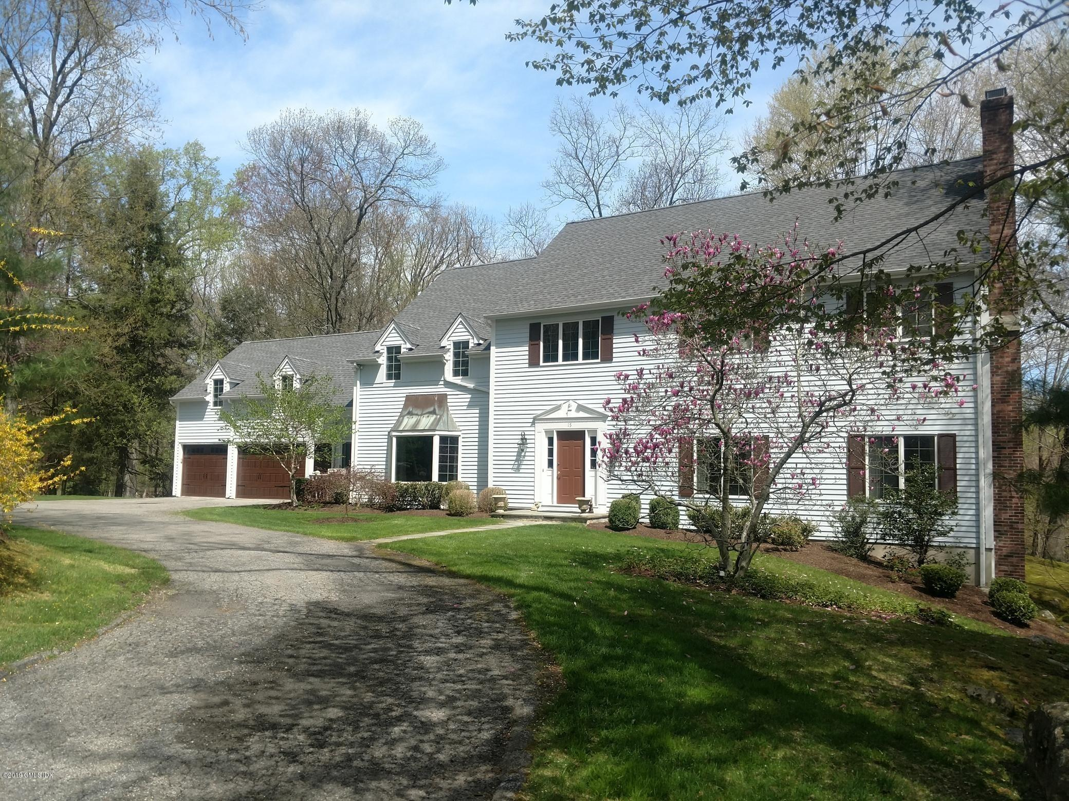15 Crofts Lane, Stamford, CT 06903