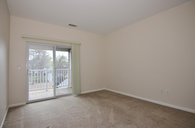 25 Adams Avenue, #413, Stamford, CT 06901
